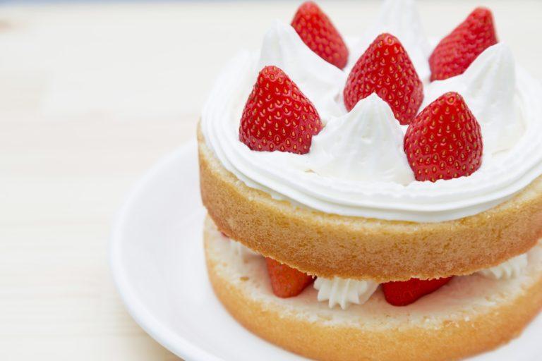 ケーキ 割れる 原因