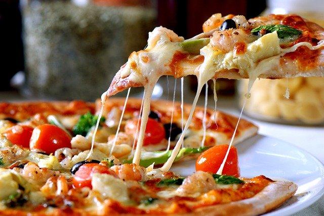 ピザ 生地 くっつく