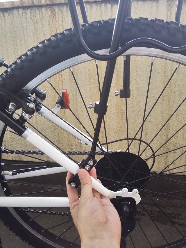 自転車 リアキャリア 取り付け