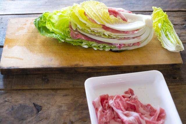 ミルフィーユ 鍋 白菜 洗う